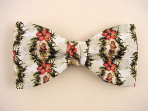Hawaiian Bow Tie with Hula Dancers design