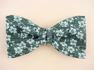 "Bow Tie ""Lana'i""- Hawaiian Flower Bow Tie for Men - Hand Made in USA"