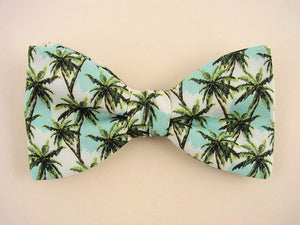 Palm trees bow tie for men.