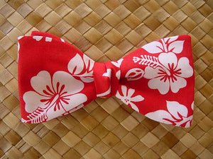 Red Hawaiian bow tie for Christmas