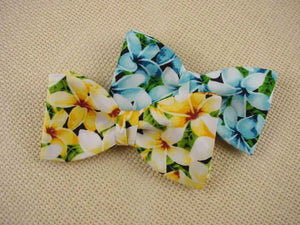 Hawaiian Flower Bow Tie. Plumeria Bowtie for Men.
