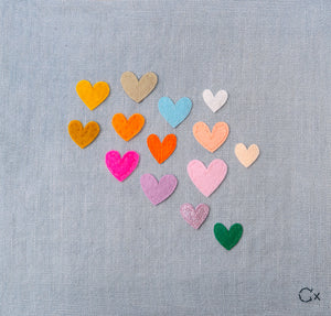 14 LITTLE RAINBOW HEARTS