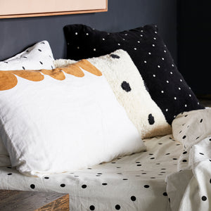 PRE ORDER CHALK LINEN SCALLOP PILLOWCASE