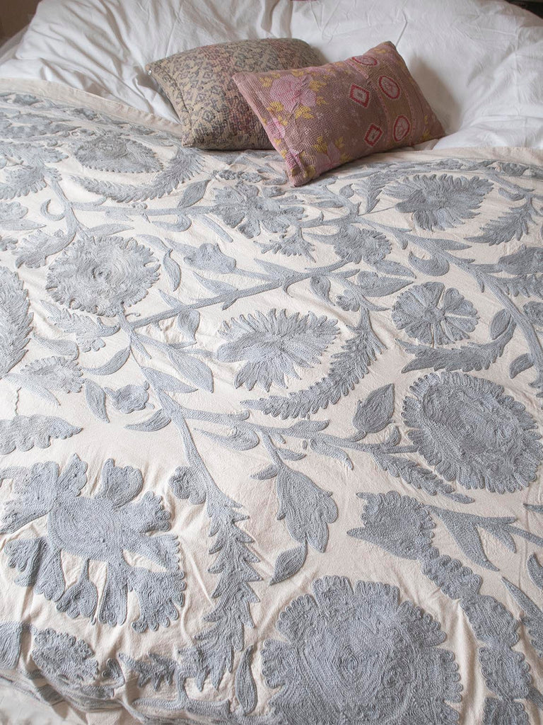 Knitted Cushion Nepal M - 008