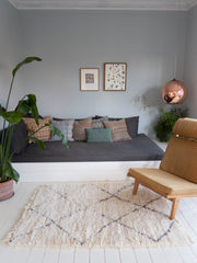 Knitted Cushion Nepal M - 009