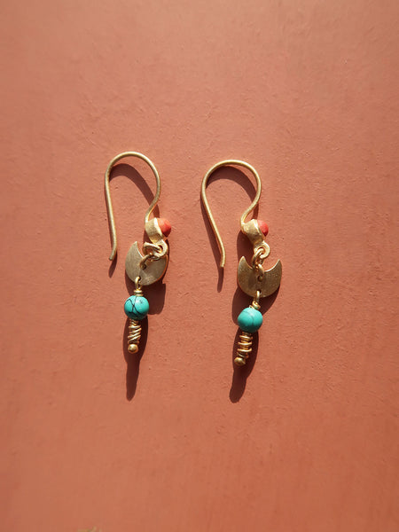 Dangling Moon Earring - Red