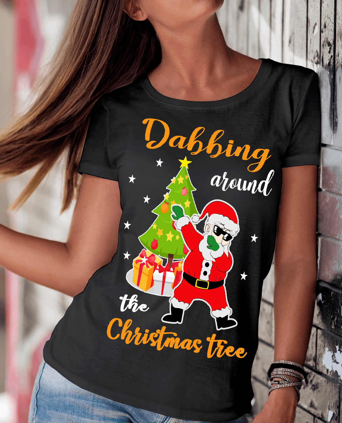 """DABBING AROUND THE CHRISTMAS TREE"""