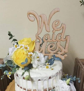 "Topper tort ""We said yes"" N"