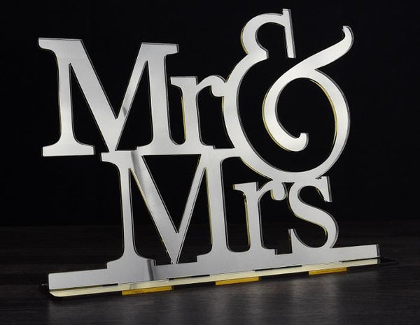"Decoratiune ""Mr&Mrs"""