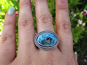 Kingman Turquoise Ring - Size 9 - Sterling Silver - Gem & Tonik