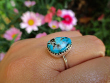 Load image into Gallery viewer, Kingman Turquoise Ring - Size 7 1/4 - Sterling Silver - Gem & Tonik