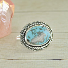 Load image into Gallery viewer, Kingman Turquoise Ring - Size 9 - Sterling Silver - Gem & Tonik