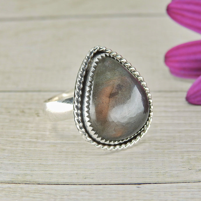Pear Shaped Purple Labradorite Ring - Size 8 - Gem & Tonik - Gem & Tonik