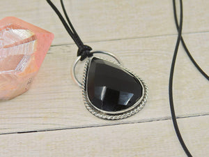 Faceted Black Onyx Pendant - Sterling Silver - Gem & Tonik