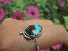 Load image into Gallery viewer, Kingman Turquoise Ring - Size 10 - Gem & Tonik