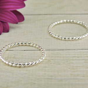 2 x Twist Band Stacking Rings - Sterling Silver - Gem & Tonik