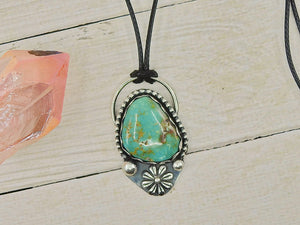Royston Turquoise Flower Pendant - Sterling Silver - Gem & Tonik