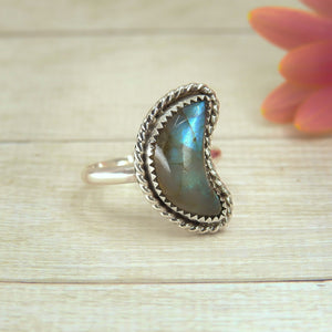 Crescent Moon Labradorite Ring - Size 6 3/4 - Sterling Silver - Gem & Tonik