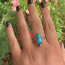 Load image into Gallery viewer, Turquoise Mountain Turquoise Ring - Size 8 1/4 - Sterling Silver - Gem & Tonik