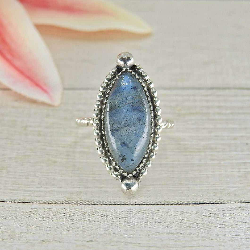 Blue Labradorite Ring - Size 5 1/2 - Gem & Tonik