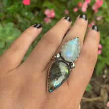 Load image into Gallery viewer, Moonstone & Labradorite Ring - Size 8 1/2 - Sterling Silver - Gem & Tonik