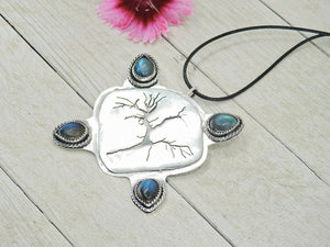 Labradorite Tree of Life Pendant - Sterling Silver - Gem & Tonik