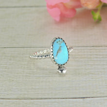Load image into Gallery viewer, Kingman Turquoise Ring - Size 4 - Sterling Silver - Gem & Tonik
