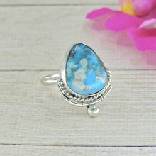 Load image into Gallery viewer, Kingman Turquoise Ring - Size 7 1/2 - Sterling Silver - Gem & Tonik
