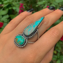 Load image into Gallery viewer, Kingman & Tyrone Turquoise Ring - Size 8 to 8 1/4 - Gem & Tonik