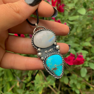 Sierra Nevada Turquoise & Moonstone Arrow Pendant - Gem & Tonik