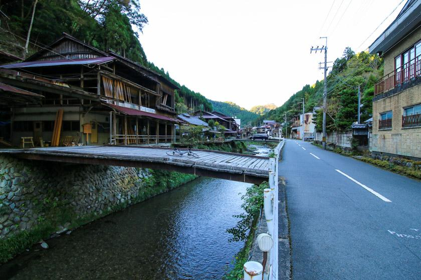 Marvelous scenery in Nakagawa village which we cycle through on our route.