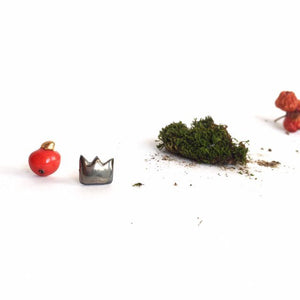 Red apple and silver crown ceramic miss match earrings