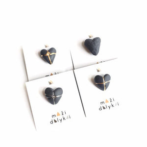 Black porcelain midi HEART pin