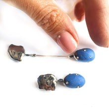 "Load image into Gallery viewer, Blue porcelain ""Cocoon earrings"" in platinum"