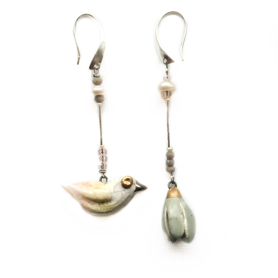 "Ceramic earrings ""Bird and its magnolia"""