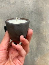 Load image into Gallery viewer, Scented soy wax candle VENUS mini