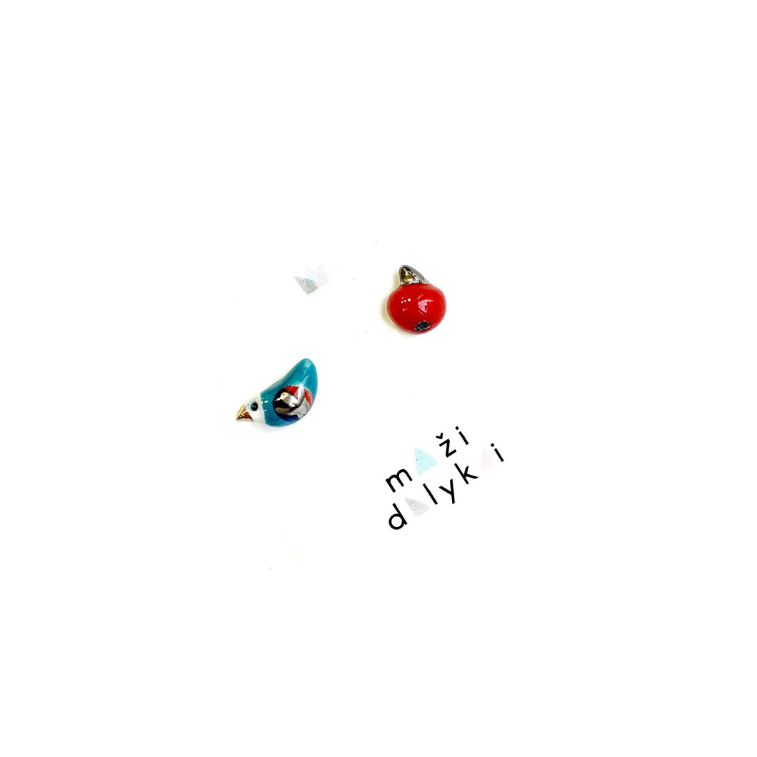 Bright bird and red apple juicy earrings
