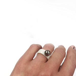 White porcelain ring SILVER BUBBLE