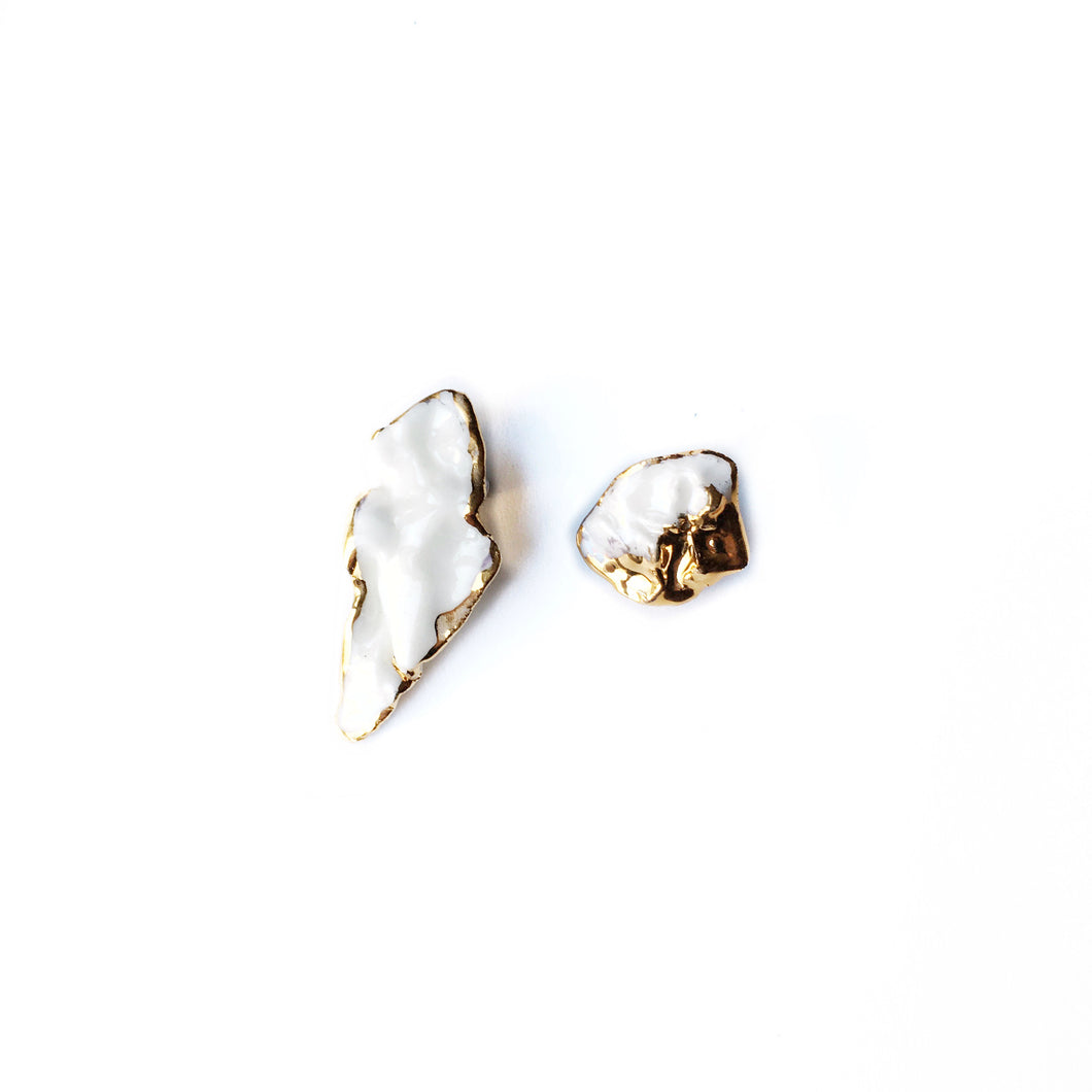 White porcelain earrings ANGEL'S WING AND ITS TREASURE