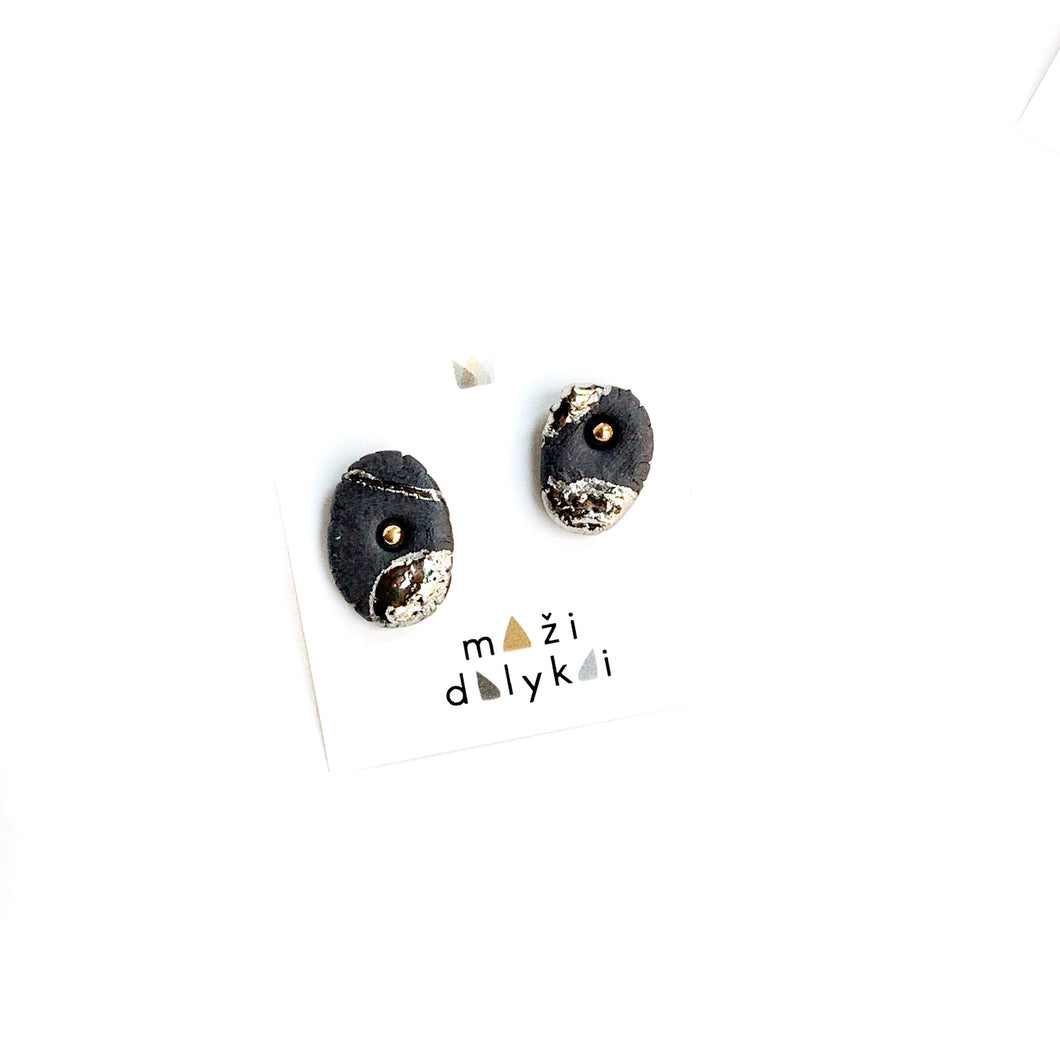 Black porcelain minimal style earrings CHIPS