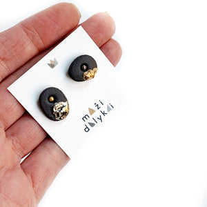 Black porcelain earrings CHIPS