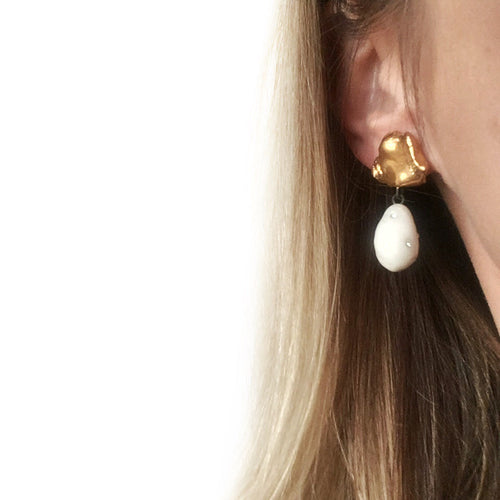 White porcelain earrings, golden
