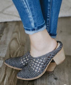 The Paris Woven Mule