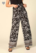 Load image into Gallery viewer, High Waisted Palazzo Pants (junior sizing)