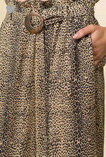 Load image into Gallery viewer, Leopard Wide Leg Pants