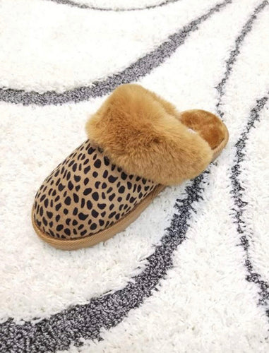 Cheetah Faux Fur Slippers