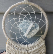 Load image into Gallery viewer, Tidal Raw Celestite Macrame