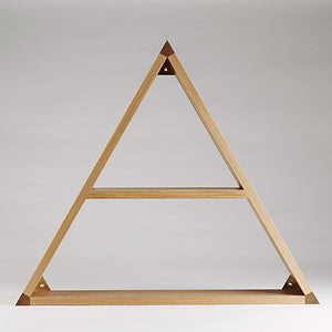Étagère triangulaire ~ Triangular Shelf