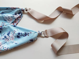 Triangle scarf Light Blue Beige