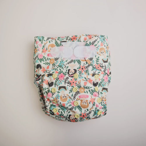 Monarch The Ultimate Nappy Velcro Flora Familia
